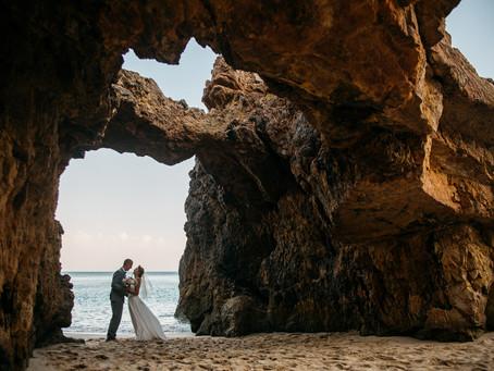 freie Trauung mit Sandzeremonie am Furnas Strand in der Algarve, Portugal