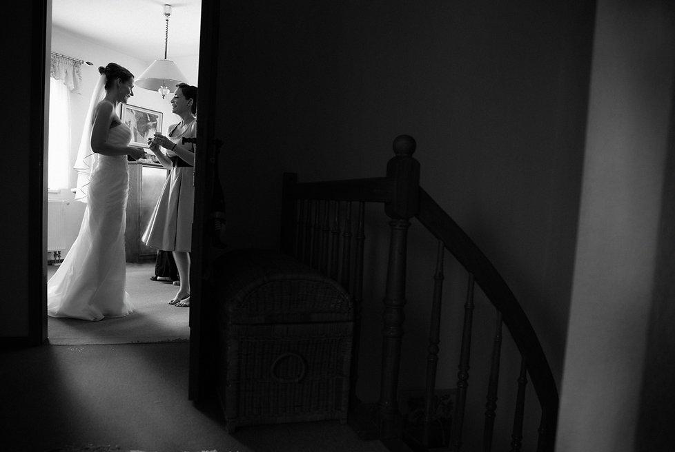Hochzeit Schloss Colditz I Mandy Hellinger Fine Art Fotografie - getting ready / Hochzeitsvorbereitungen / Braut