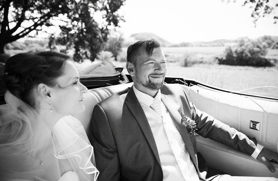 Hochzeit Schloss Colditz I Mandy Hellinger Fine Art Fotografie - Brautauto Chevrolet