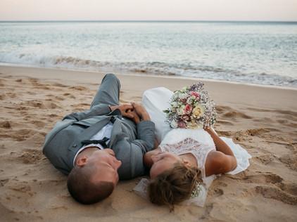 wedding at Praia das Furnas in the Algarve, Portugal