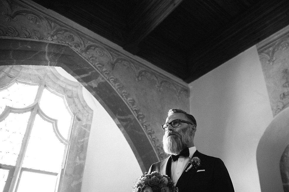"""Hochzeitsfotografie Hochzeit DIY in Rochlitz Denkmal - und Kulturgästehaus """"Zum Pfarrlehen"""" Wendishain getting ready"""