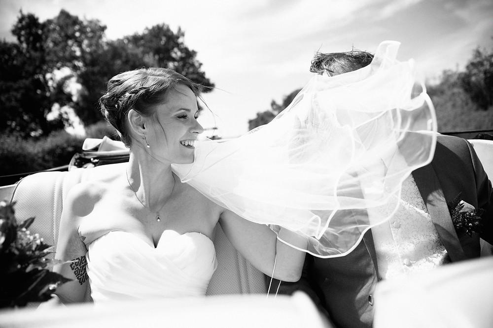 Hochzeit Nadine & René - unterwegs zum Schloss Colditz im Chevrolet