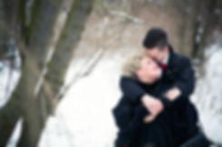 50er Jahre Hochzeit im Winter in Leipzig / Brautpaarshooting im Johannapark mit Schnee