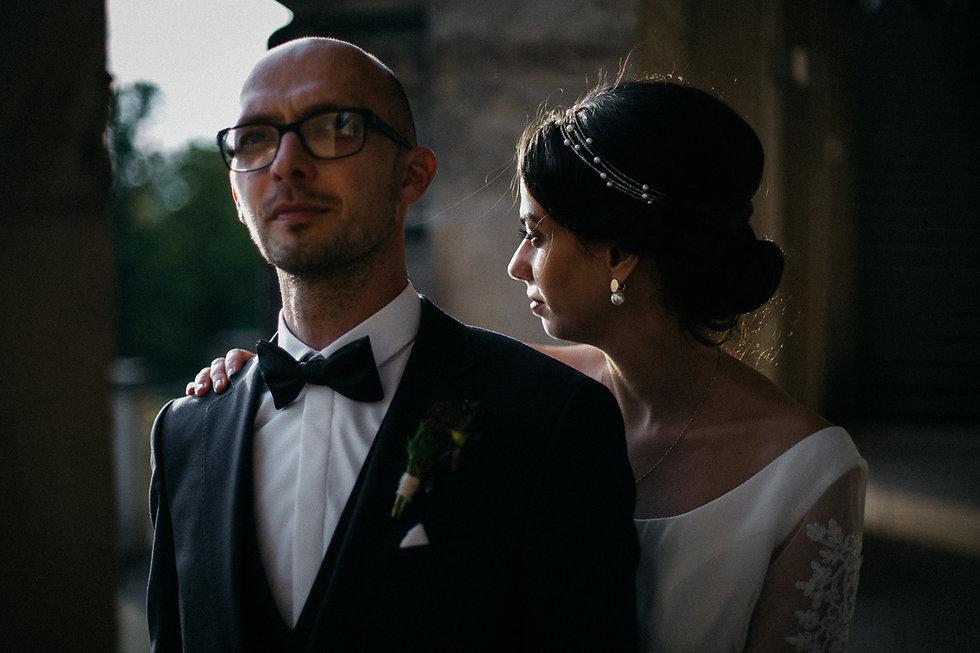 Hochzeit in Dresden am Weinberg - Brautpaarshooting am Lingnerschloss - Portrait Braut
