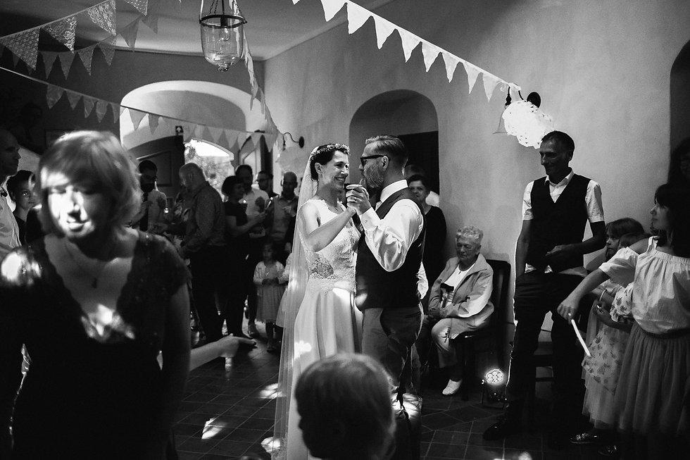 """wedding photography Denkmal - und Kulturgästehaus """"Zum Pfarrlehen"""" DIY wedding party"""