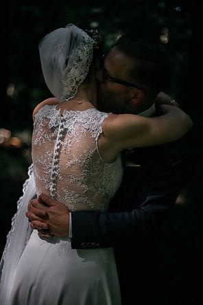 Hochzeitsfotografie Hochzeit Brautpaarfotos im Wald