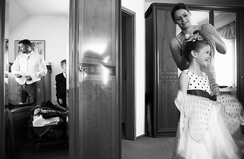 <<Hochzeit Schloss Colditz I Mandy Hellinger Fine Art Fotografie - getting ready Kinder / Hochzeitsvorbereitungen