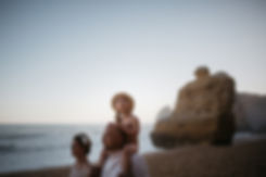 Fotoshooting am Strand Praia da Marinha in Portugal an der Algarve