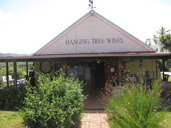 hanging-tree-winery.jpg