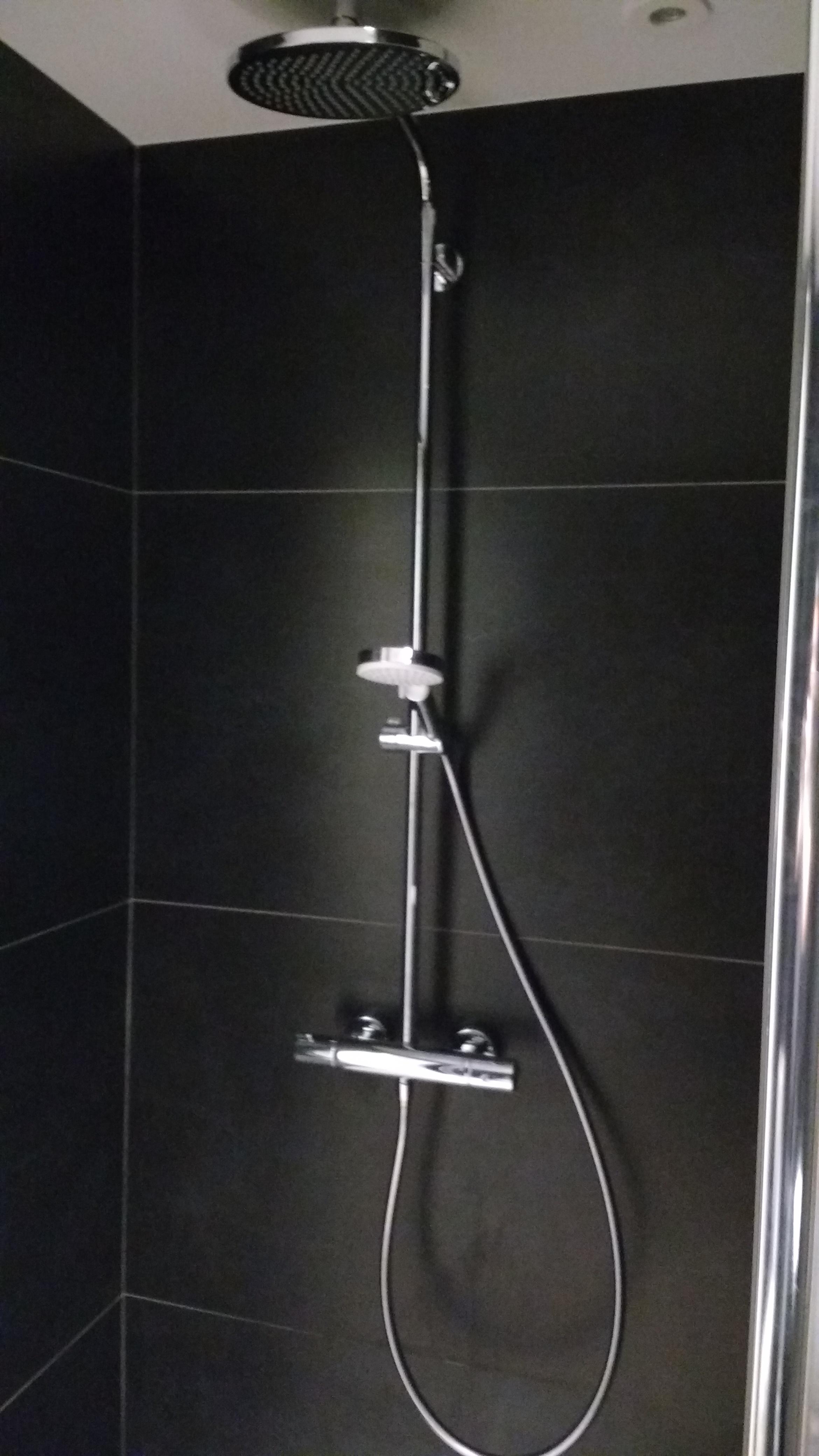 Reforma de Baño: Columna de ducha