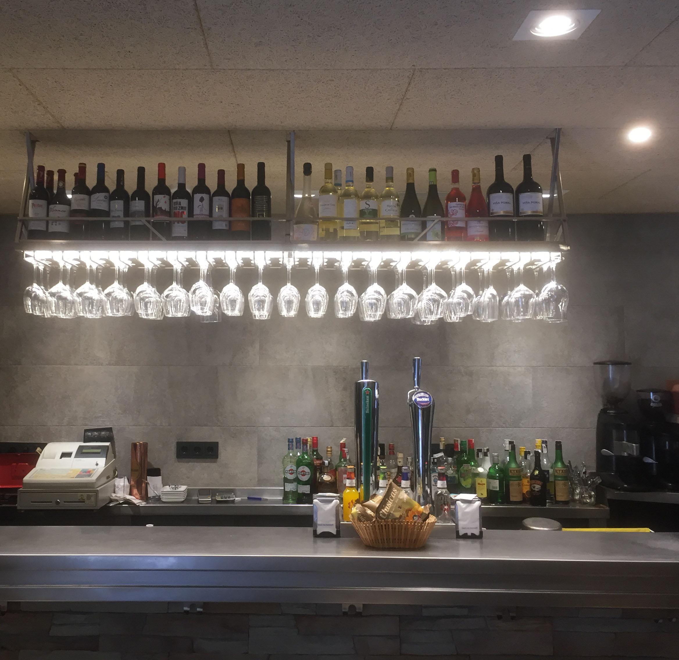 Diseño iluminación bar