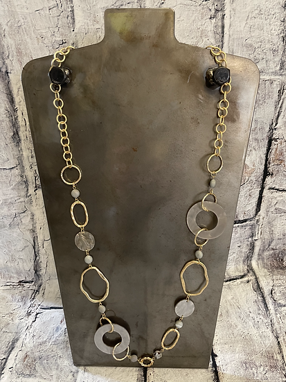 Circle Link & Resin Necklace