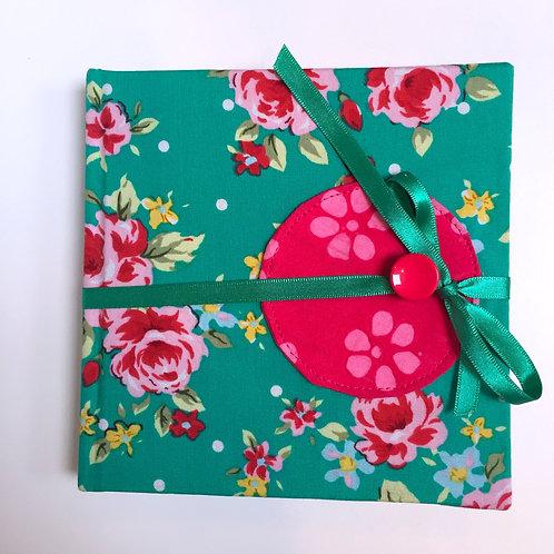Carnet de dessin (mint green with roses)
