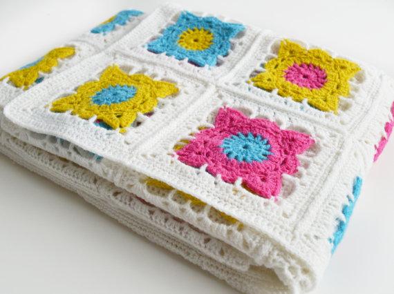 Granny crocheted Blanket DIY