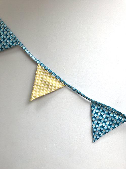 Guirlande drapeaux (turquoise chips)