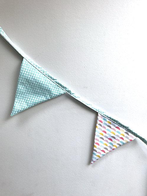 Guirlande drapeaux (pastel moons)