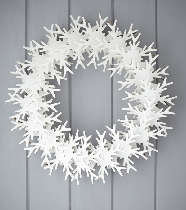Rastall & Daughter snowflake wreath