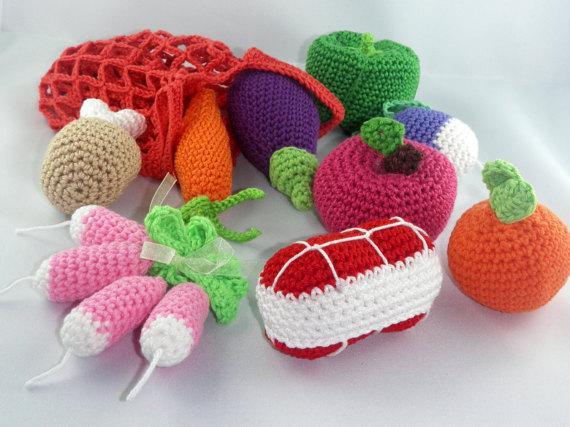 Crocheted dinette