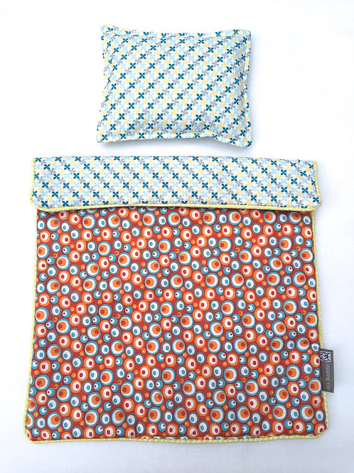 Set de lit pour poupée (circles/blue floral)