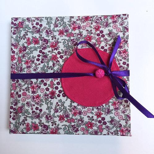 Carnet de dessin (pink flowerbed)