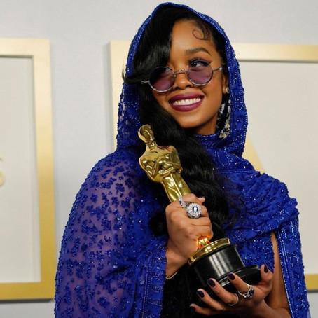 H.E.R., Jon Batiste and More Break Records at the 2021 Oscars