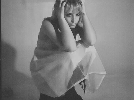 "Rising Artist Chloe Lilac Debuts New Single, ""10 Things"""