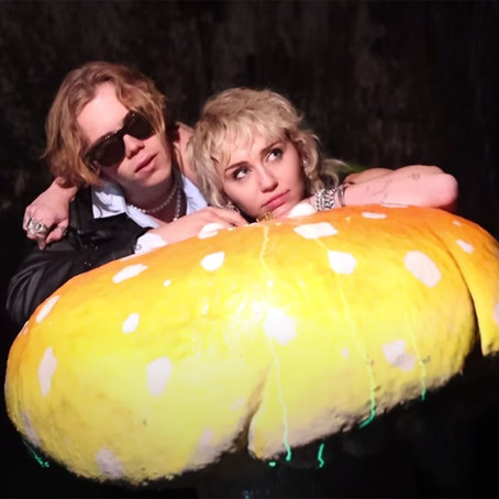"""The Kid Laroi and Miley Cyrus Team Up for """"Without You"""" Remix and Video"""