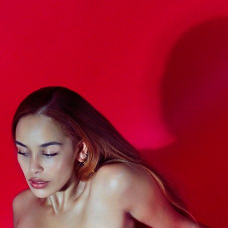 "Jorja Smith Drops New Track ""Gone"""