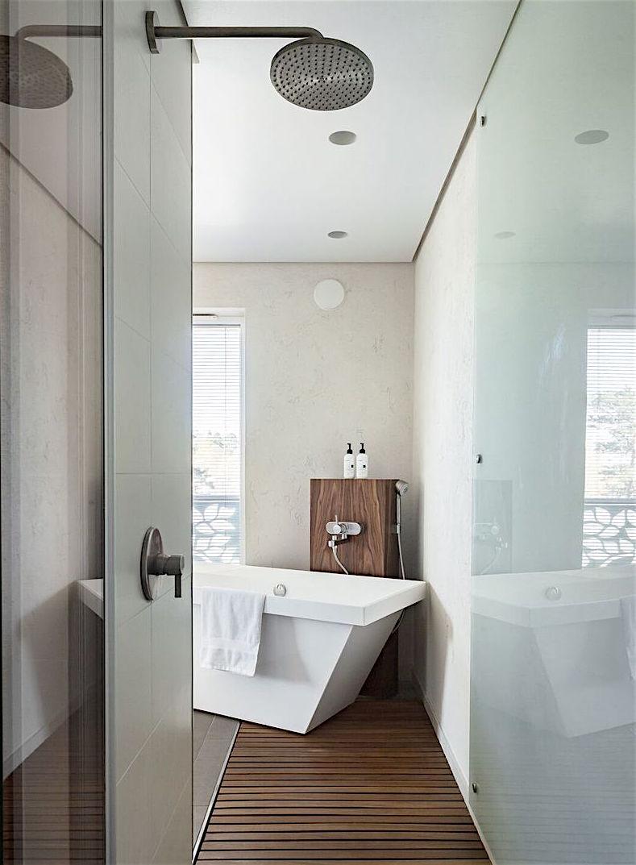 Master bedroom suihku ja kylpy