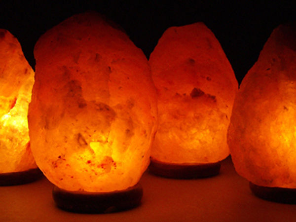 12 Reasos to use a Salt Lamp in Every Room