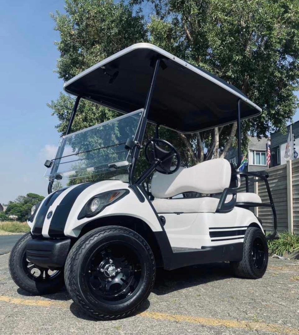 4 seater white black stripe