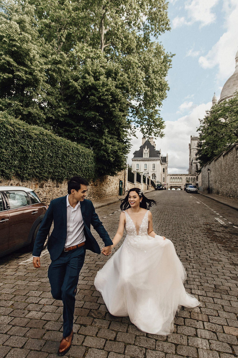 A Romantic Elopement in Paris