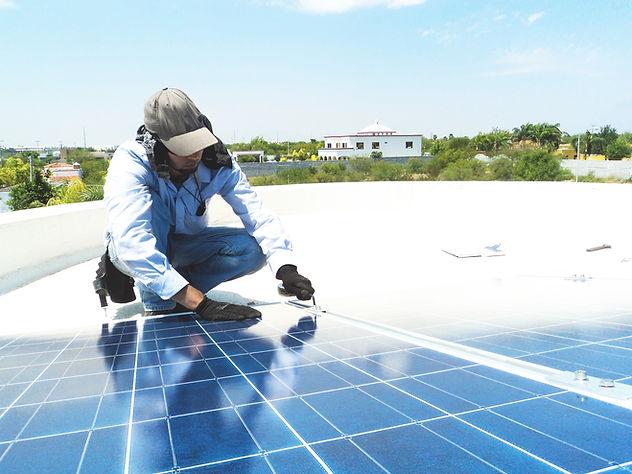 Reparatie van het zonnepaneel