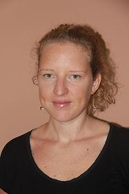 Eva Gabriele Ostéopathe Pédiatrie Saint Pierre Réunion