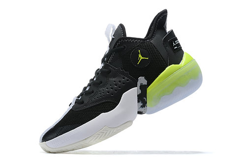Jumpman Diamond Mid. Black and White Green
