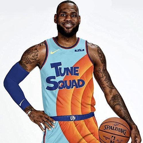 LeBron James x Space Jam Tune Squad 2021 Forması