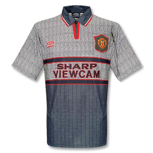 Manchester United 95/96 Deplasman Forması