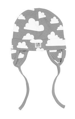 Farg & Form / כובע תינוק אפור עננים