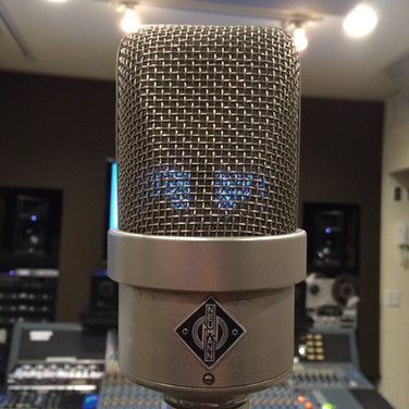 One of the greatest microphones in history... The Neumann M49. I was lucky enough to use one!