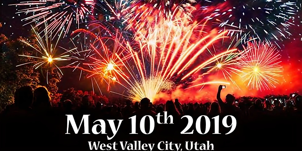 Farnsworth Firestrom Fireworks Show