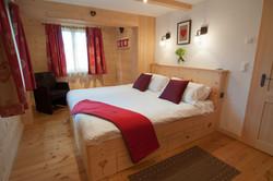 Chalet Lisa master bedroom