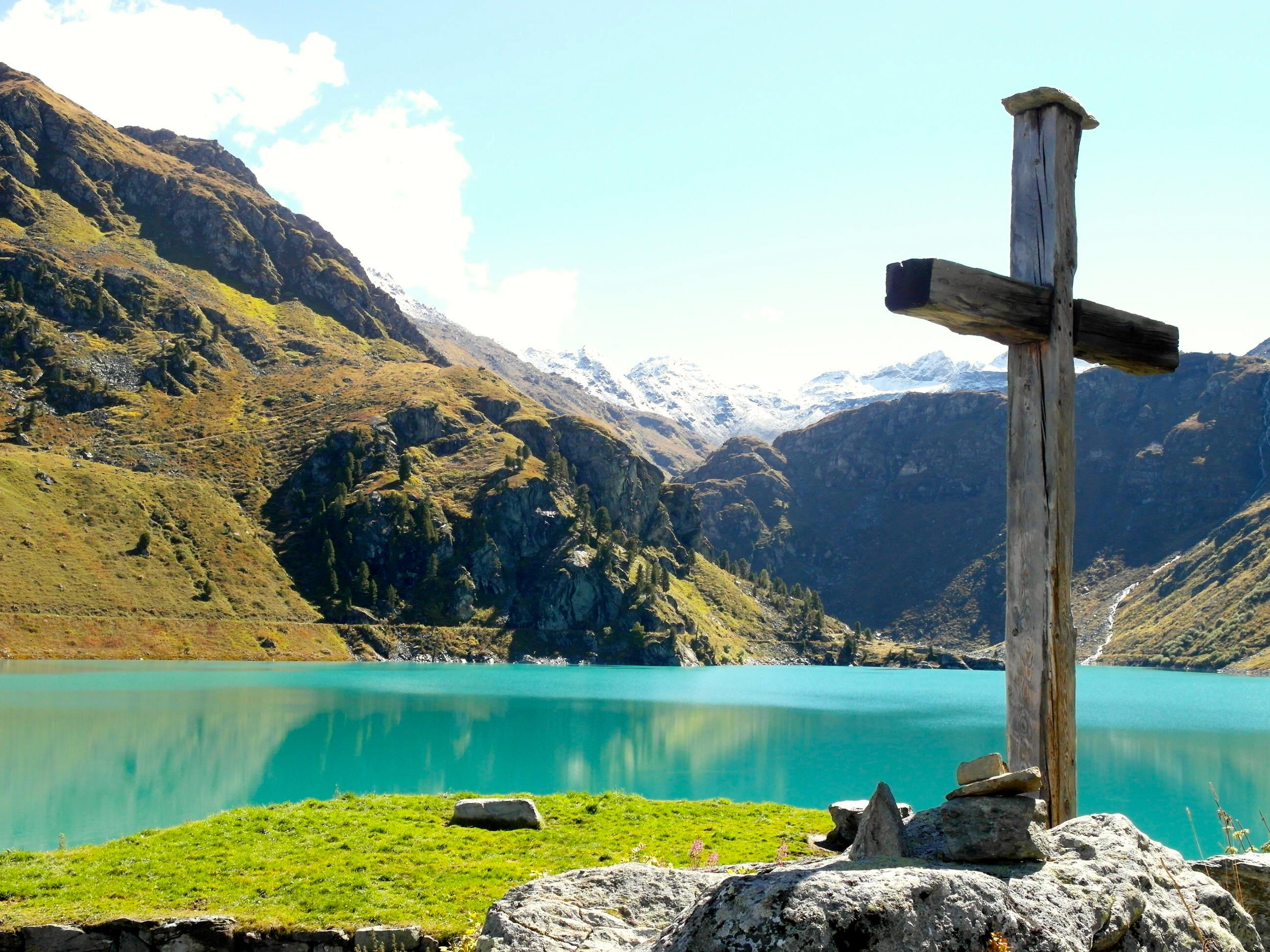Hiking in Valais, 4 Valleys