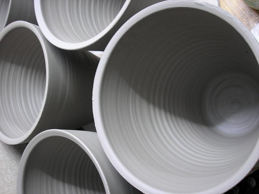 Ceramics_Rob Sollis Pots inner strip.JPG