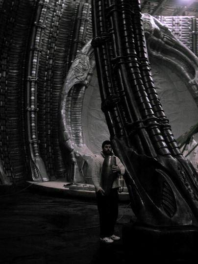 Alien temple set with Rob.