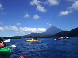 富士山を見ながらカヤック