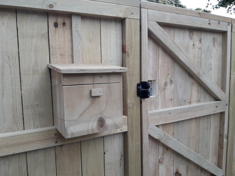 Built-in letterbox