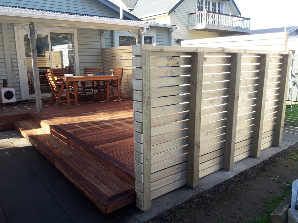 Kwila front deck and pine screens