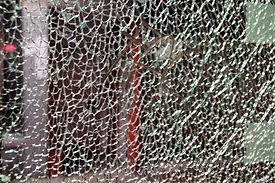 glass-1802002_1920.jpg