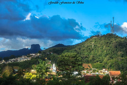 Cruzeiro - Igreja Matriz e Pedra do Baú