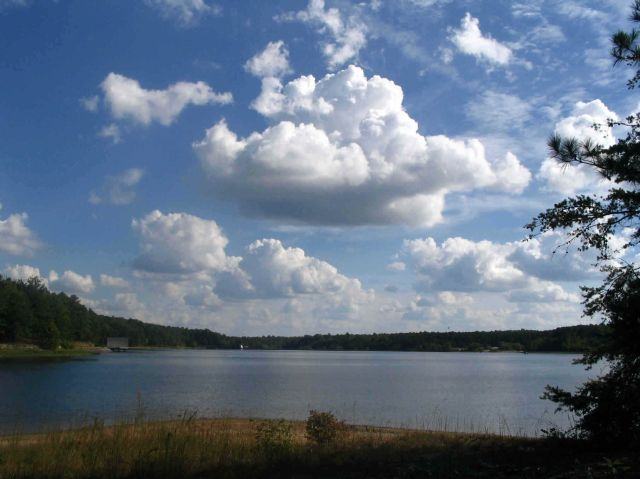 clouds_over_lake_chesdin